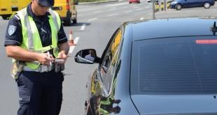 saobracajna-policija-kontrola-luksuznih-vozila-2-620x350