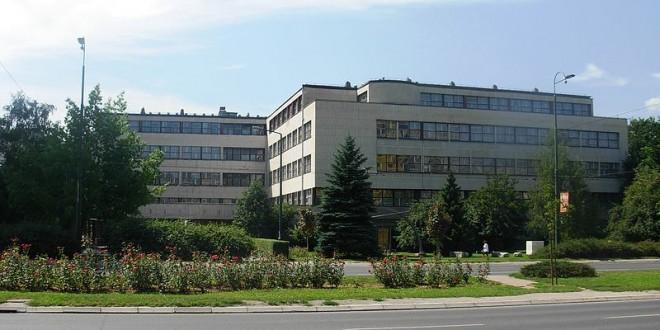 800px-Filozofski_fakultet_Sarajevo